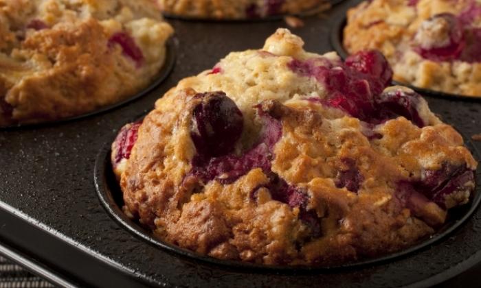 Cranberry-Mandarin-Applesauce Muffins