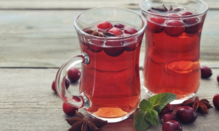 Warm Cranberry Mandarin Tea